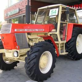 Traktor jako umělecké dílo Zetor Crystal